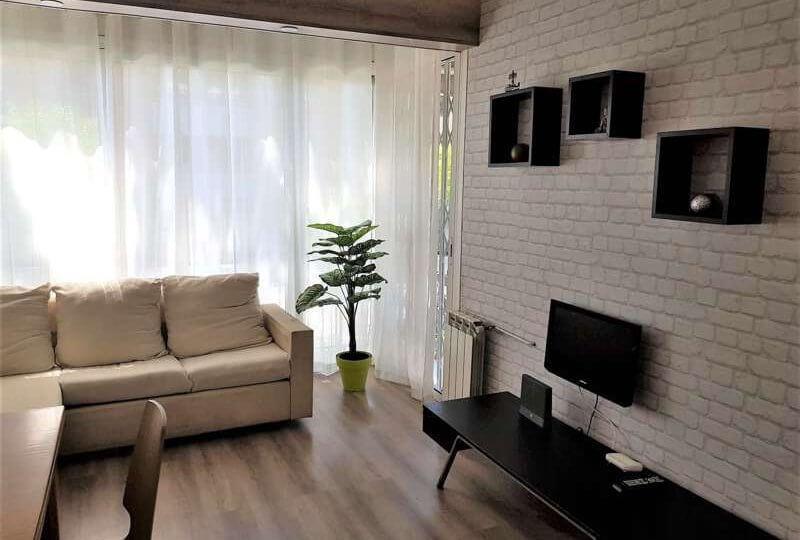 Venta Piso Cabrera de Mar Salón con sofá